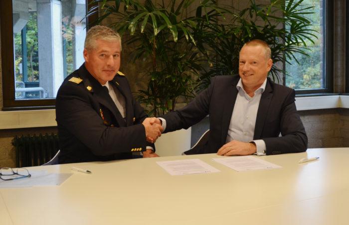 pers-vbe-en-bwa-ondertekening
